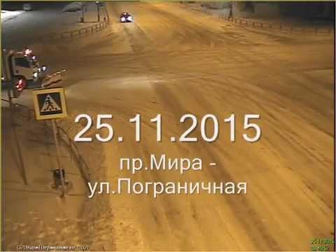 Съемки с камер видеонаблюдения, столкновение внедорожника и снегоуборочной машины