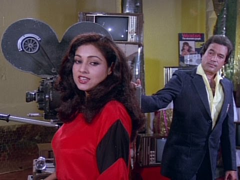 Rajesh Khanna Teaches A Lesson To Tina Munim - Bewafai