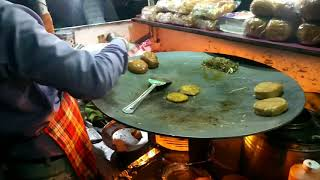 Street Food! Amazing and Cheap Veg Burger! Only 40/60 rs! Must Watch! Aligarh :)