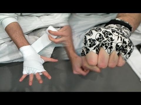 Hand Wraps Tutorial for Kickboxing & MMA (Kwonkicker)