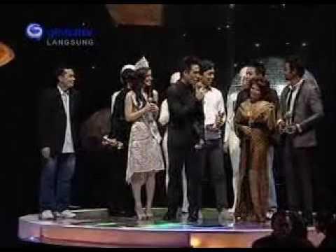 Siti Nurhaliza - Artis Malaysia Paling Popular [APM09]