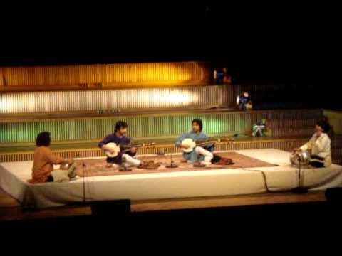 Ustad Amjad Ali Khan's Sons: Amaan Ali Khan & Ayaan Ali Khan in Berlin on 13th December 2009 Video