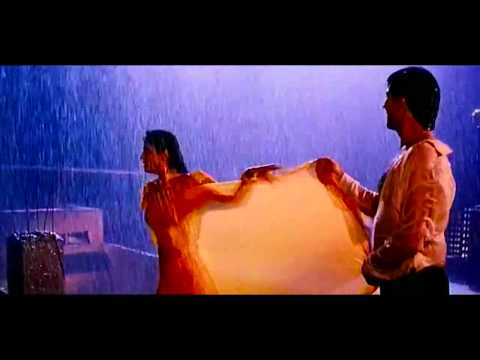 Hot Raveena Tandon In Mohra - Tip Tip Barsa Pani (love In Rain) video