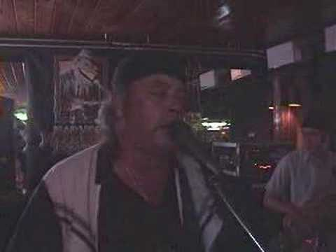 Dust My Broom_Steve Thorpe Live at Lou's Blues doin Elmore James