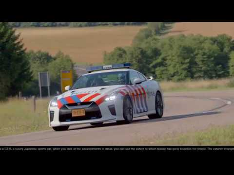 GT Sport - Nissan GTR Politie / Police (Original colors + Driving through scapes + Uniform colors)
