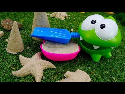 Игрушки для детей. Ам Ням и морские жители из песка