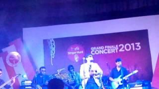 Modhur pohor live in Robi  Concert