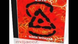 Watch Search  Awie Setia Dalam Kacamu video