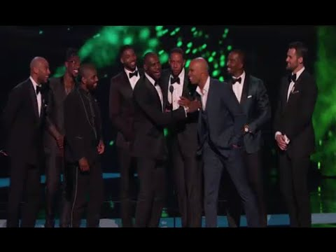Cleveland Cavaliers Wins Best Team at ESPY Awards 2016 (LeBron James)