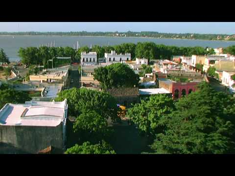 Colonia del Sacramento , Uruguay: Summer in HD