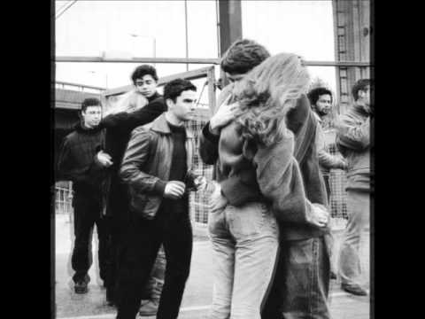 Stereophonics - She Takes Her Clothes Off