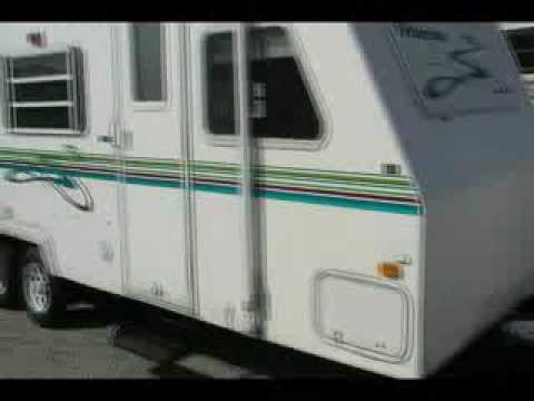 2000 Palomino Thoroughbred T-25FB Travel Trailer
