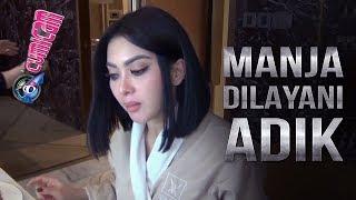 Cicipi Kuliner Surabaya Sebelum Manggung, Syahrini Manja Dilayani Adik - Cumicam 21 Januari 2019