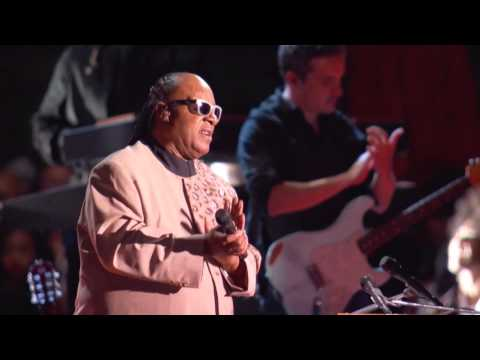 Secretary-General Ban Ki-Moon and Stevie Wonder Address the Audience at the Global Citizen Festival