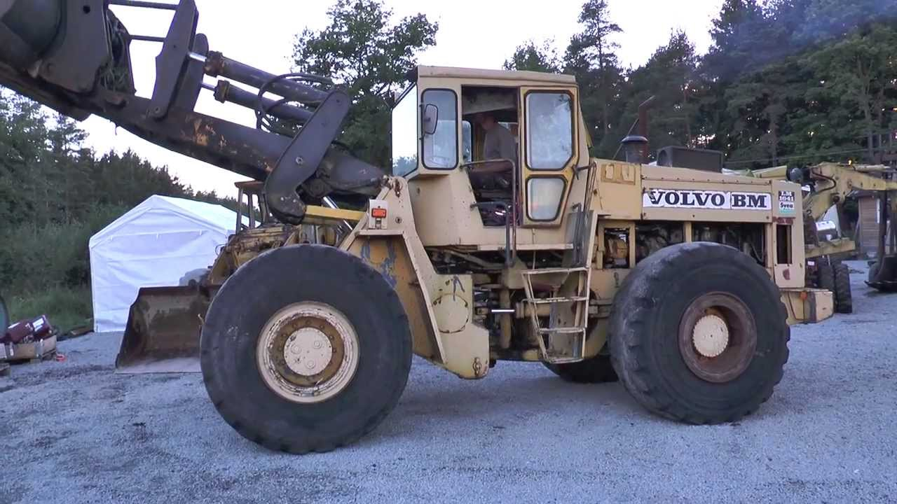 Two Old Wheel Loaders Volvo Bm Lm 846 And Lm 1641 2013