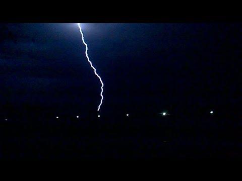 (HD) Letnia Anomalia ( Deszcz,burza,grad ) W Radomiu 20-07-17r