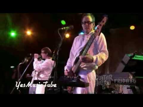 Weezer - (If You're Wondering If I Want You To) I Want You To Live [Guitar Hero 5 Fridays]