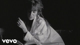 Watch Patti Smith Looking For You video