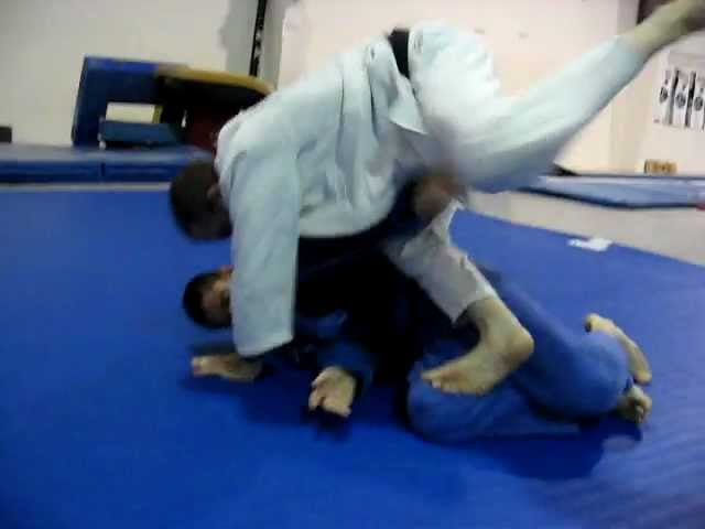 Waffle & Breeze Flow training BJJ at Evolution Training in Houma