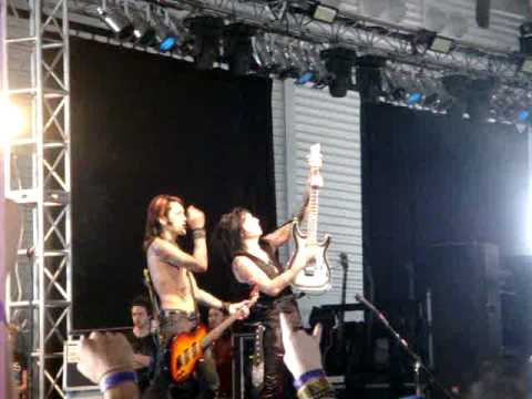 Black Veil Brides - Fallen Angels  Soundwave Festival, Sydney (23.02.2014) video