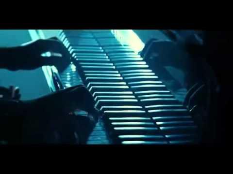 Twilight Piano Scene - Bella's Lullaby By Edward Cullen video
