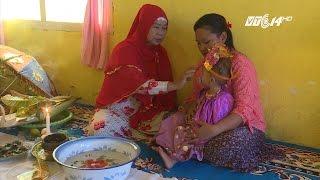 (VTC14)_Hủ tục cắt cửa mình bé gái ở Indonesia