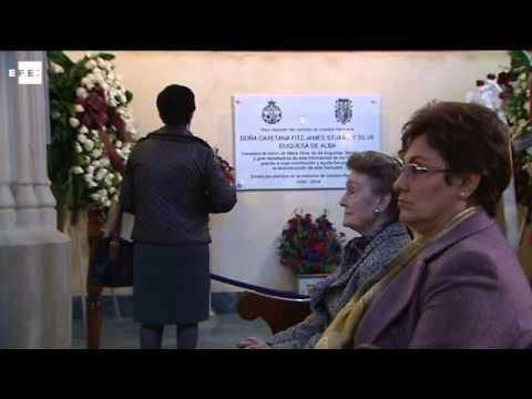 Peregrinaje a la capilla donde reposan las cenizas de la Duquesa de Alba