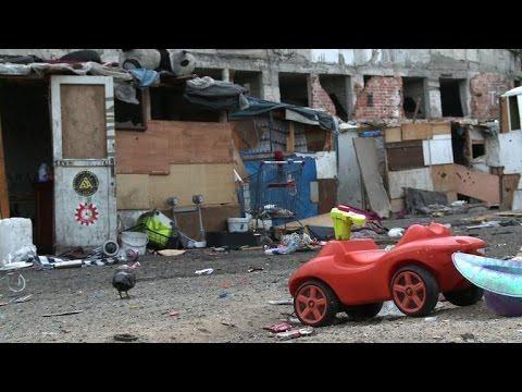 Evacuation d'un camp de Roms à Marseille