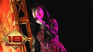 Astrid - Bizzare Love Triangle (Live Konser Anyer 25 Agustus 2007)