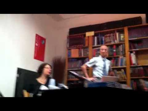 Iouri SCHMITT à la Librairie du Globe le 27 septembre 2011.m4v