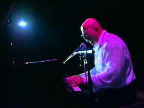 Александр Розенбаум - Из под клавиш улетел аккорд