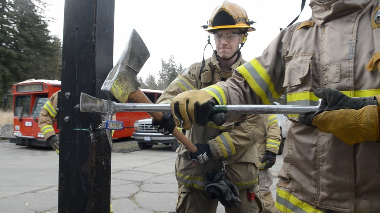 Firefighter Forcible Entry Training Youtube
