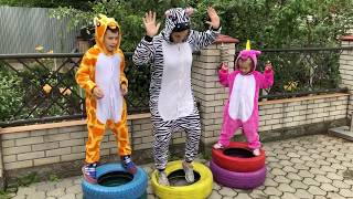 Kids have fun with friend ZEBRA Video for Kids Joy Joy Lika