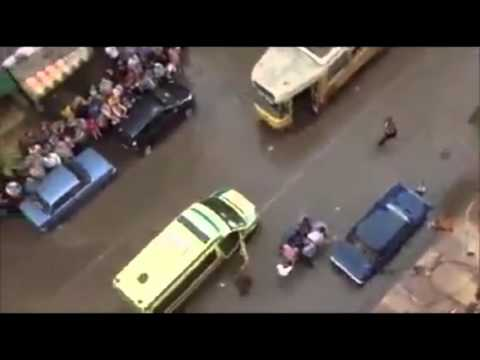 وفاة شخص بسبب كبل الكهرباء و المياة في الشوارع   Clip thumbnail
