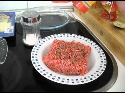 Sencillo pastel de berenjenas y carne