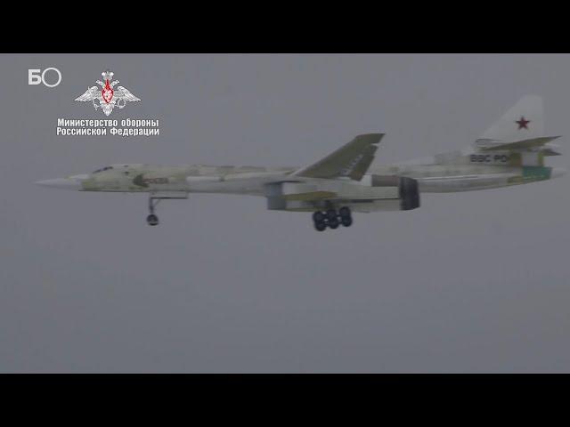 Минобороны показало видео полета первого Ту-160М над Казанью