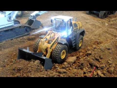 PROTOTYPE !!! RC WHEEL LOADER PREMACON LIEBHERR 576 @ ALSFELD RC CONSTRUCTION SITE
