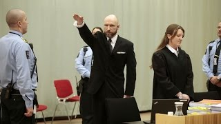 Norway: govt appeals against rights ruling, mass murderer Anders Breivik gives nazi salute to court