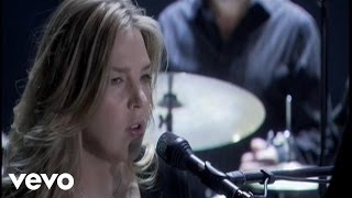 Watch Diana Krall East Of The Sun West Of The Moon video