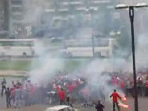 peleas callejeras   peleas de bandas callejeras espectacular pelea de bandas callejeras