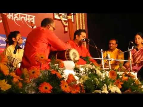 Shankar Mahadevan At Sawai Gandharva Bhimsen Festival 2011 - Saurabh Kakade