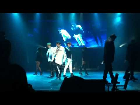 [FANCAM] 101114 JYJ Las Vegas showcase - Empty remix