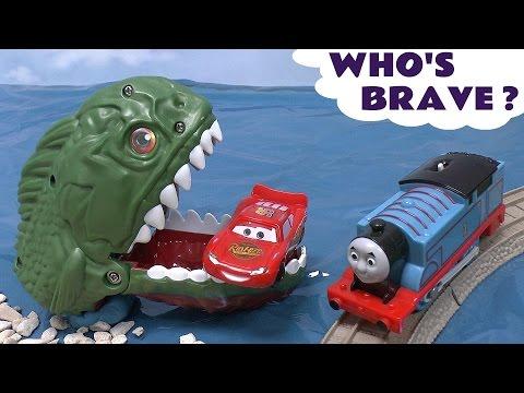 Piranha Cars Hot Wheels Thomas & Friends Play Doh Surprise Eggs Halloween Spooky Playdough Dragon video