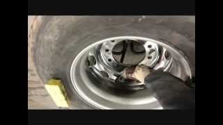 sanding and polishing aluminum rim