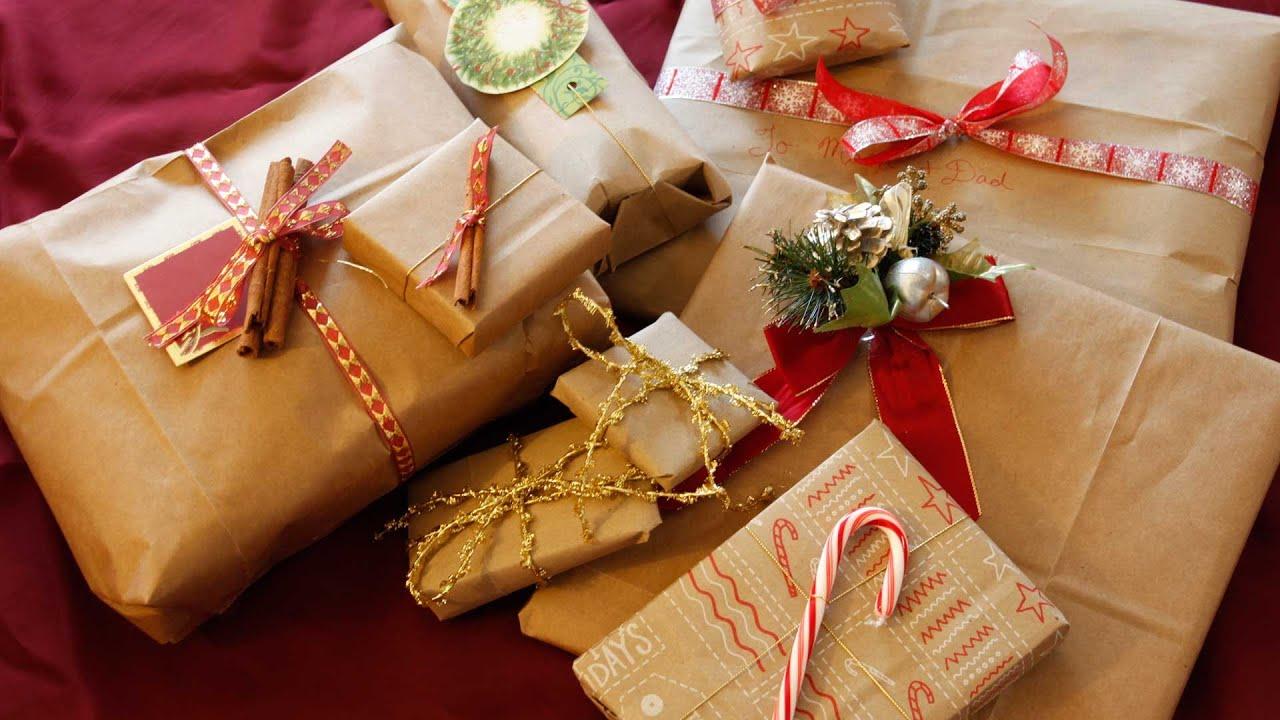 Упаковка новогодних подарков 38