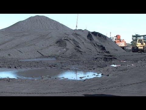 Tar Sands: Koch Brother's Petcoke Choking Calumet River