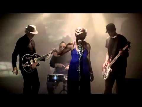 Смотреть клип IYEOKA — Simply Falling (Dj Antonio rmx)