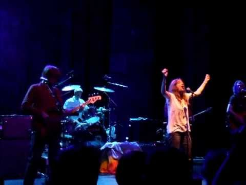 PATTI SMITH - Smells Like Teen Spirit @ Shepherd's Bush Empire 10.20.2007
