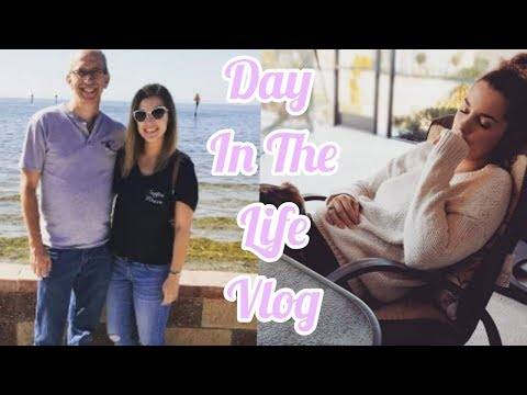 A DAY AT HOME & VISIT TO THE BEACH | DAILY VLOG