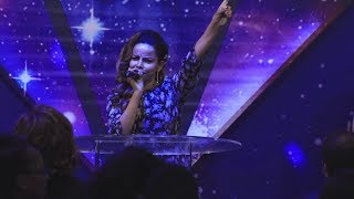 Praise and worship by Pastor Tezera Yared - AmlekoTube.com